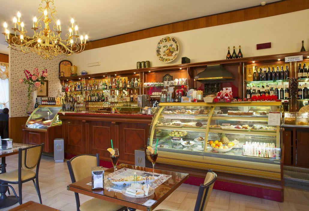 Preferenza Il Bar Donna Vittoria, Colli Albani: un ritrovo di classe QG98