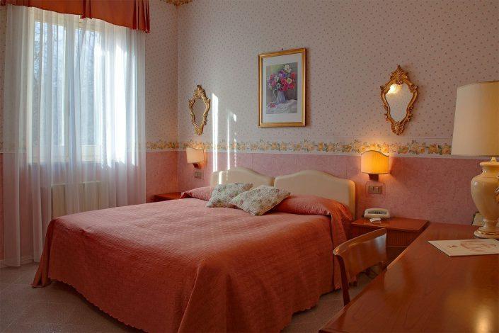 camere classic hotel miralago